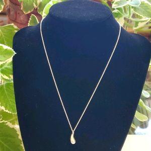 Tiffany & Co. Teardrop pendant necklace